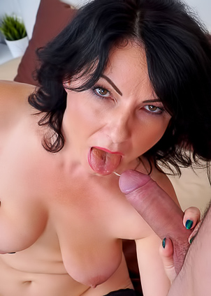 Cougar Helen He hooks up with a younger guy
